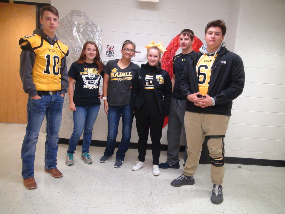 Red Ribbon Week Closes Out on Football Friday